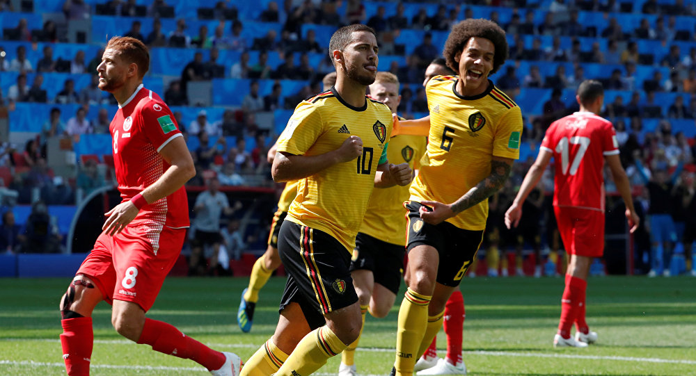 Soccer Football - World Cup - Group G - Belgium vs Tunisia - Spartak Stadium, Moscow, Russia - June 23, 2018 Belgium's Eden Hazard celebrates with Axel Witsel after scoring their first goal