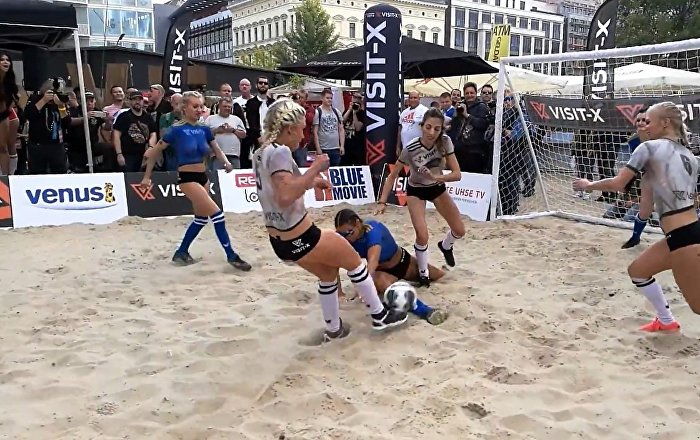 Topless Ladies Clash in Sexy Soccer 2018 Contest in Berlin