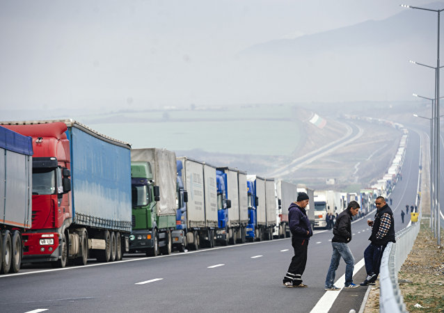 Trucks lined up on the Greek/Bulgarian border in 2016
