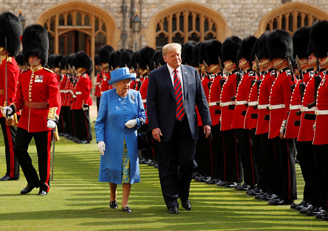 Trump meets the Queen at Windsor Castle in Britain