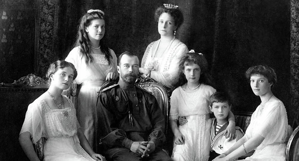 Nicholas II of Russia with the family (left to right): Olga, Maria, Nicholas II, Alexandra Fyodorovna, Anastasia, Alexei, and Tatiana. Livadiya, 1913.