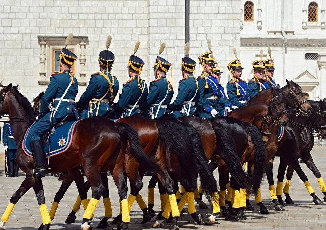 Servicemen of the Presidential Regiment during the Horse Guard mounting ceremony as part of preparations for the Spasskaya Tower festival