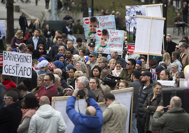 Some 200 people gather in Oslo, on April 16, 2016 to protest against Norwegian child welfare service (Barnevernet)