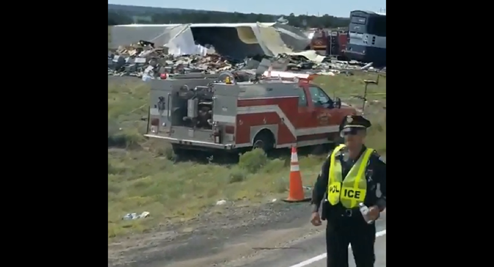 A Greyhound commercial transportation bus traveling westbound from Albuquerque to Phoenix, Arizona crashed with 47 people on board on Thursday resulting in multiple fatalities. Multiple serious injuries are also reported.