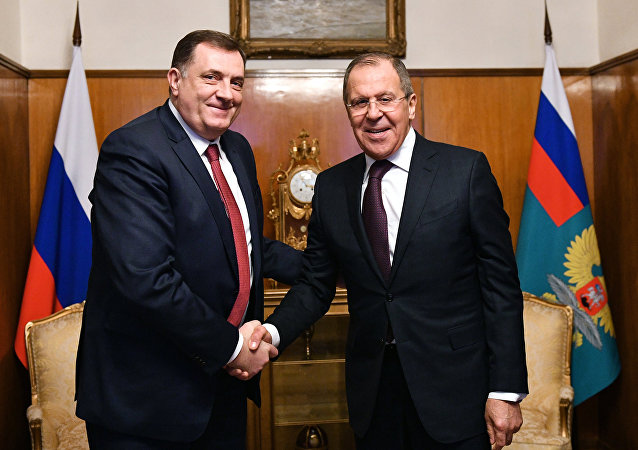Russian Minister of Foreign Affairs Sergei Lavrov, right, and the President of Republika Srpska Milorad Dodik.