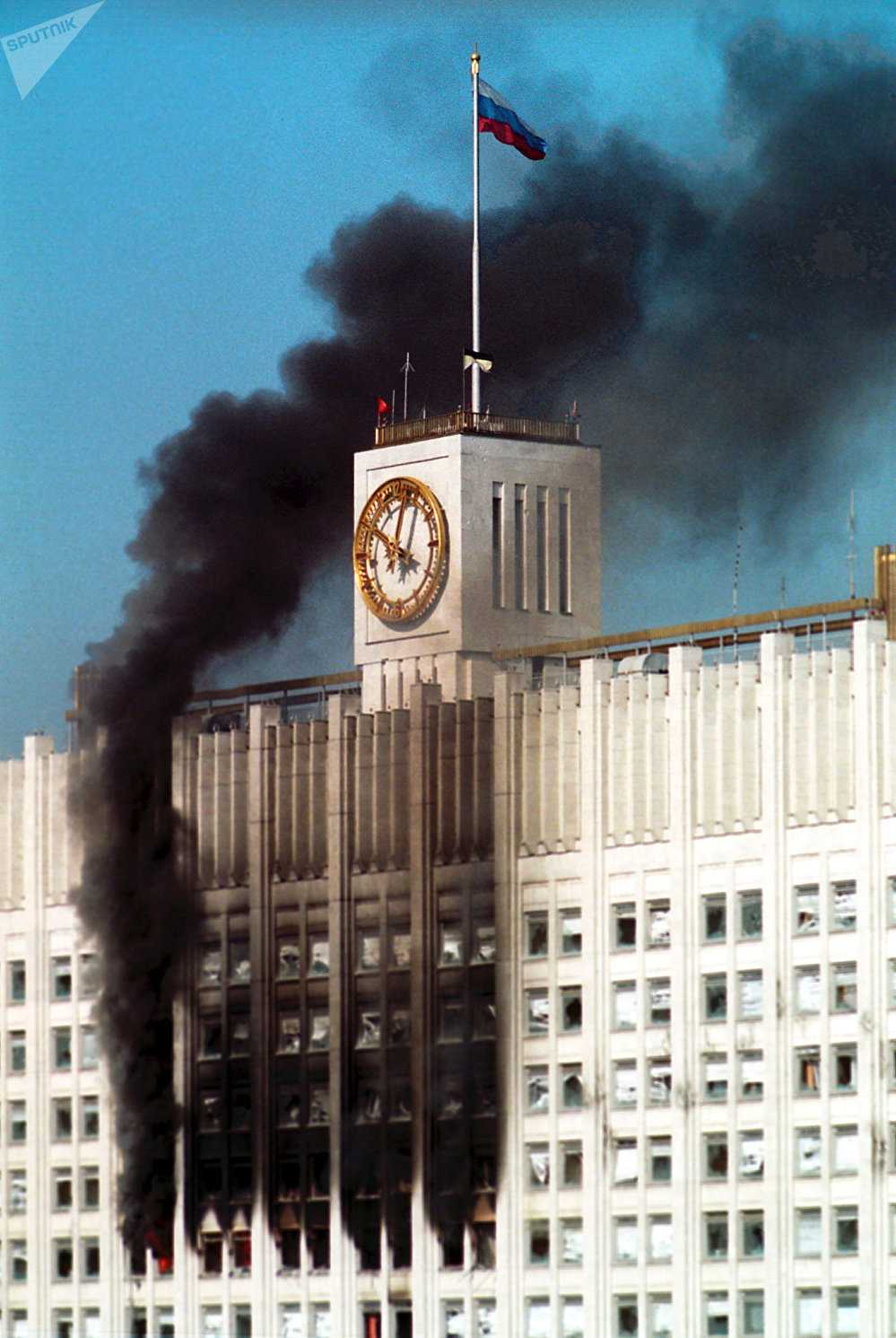 Russian Federation Government House ablaze in Moscow's Svoboda Square on October 4, 1993