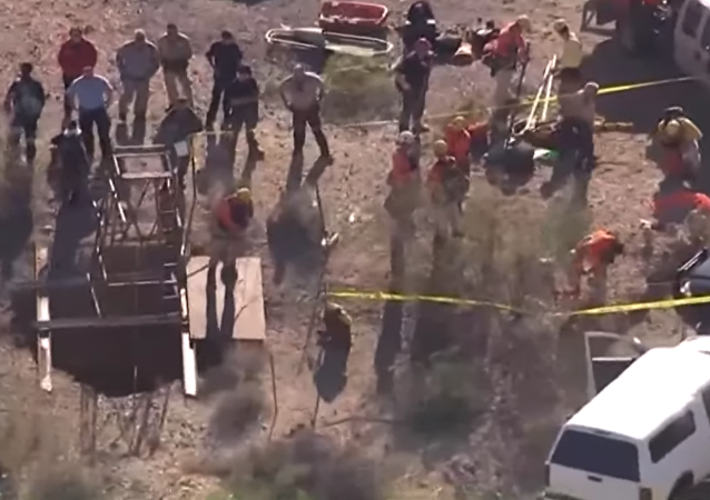 Arizona authorities work to rescue local who fell down 100-foot-deep mine shaft