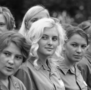 Back to USSR: Sneak Peek of Soviet Youth's Daily Life