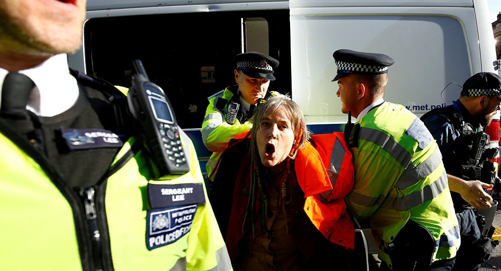 Police officers clash with demonstrators in Whitehall, outside Downing Street, in London, Britain November 14, 2018