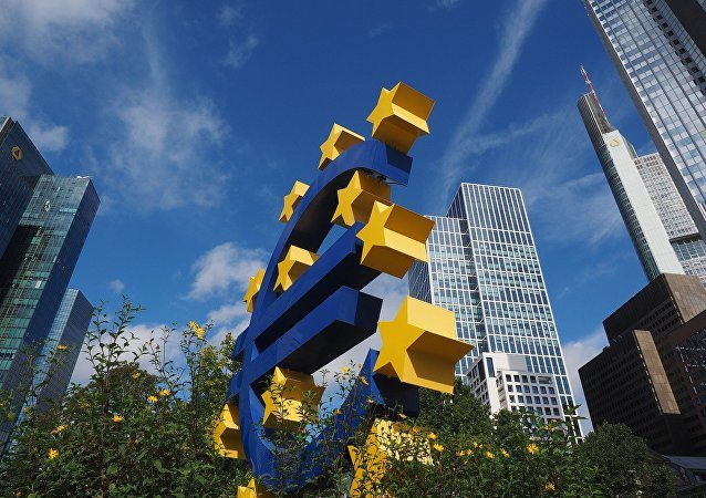 Euro-sculpture