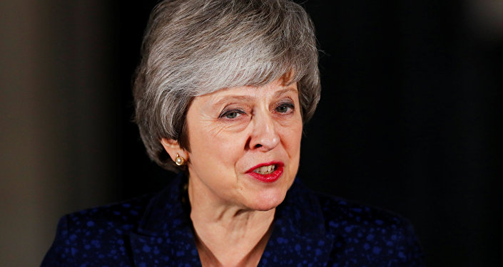 Brexit: PM warns of 'catastrophic breach of trust'