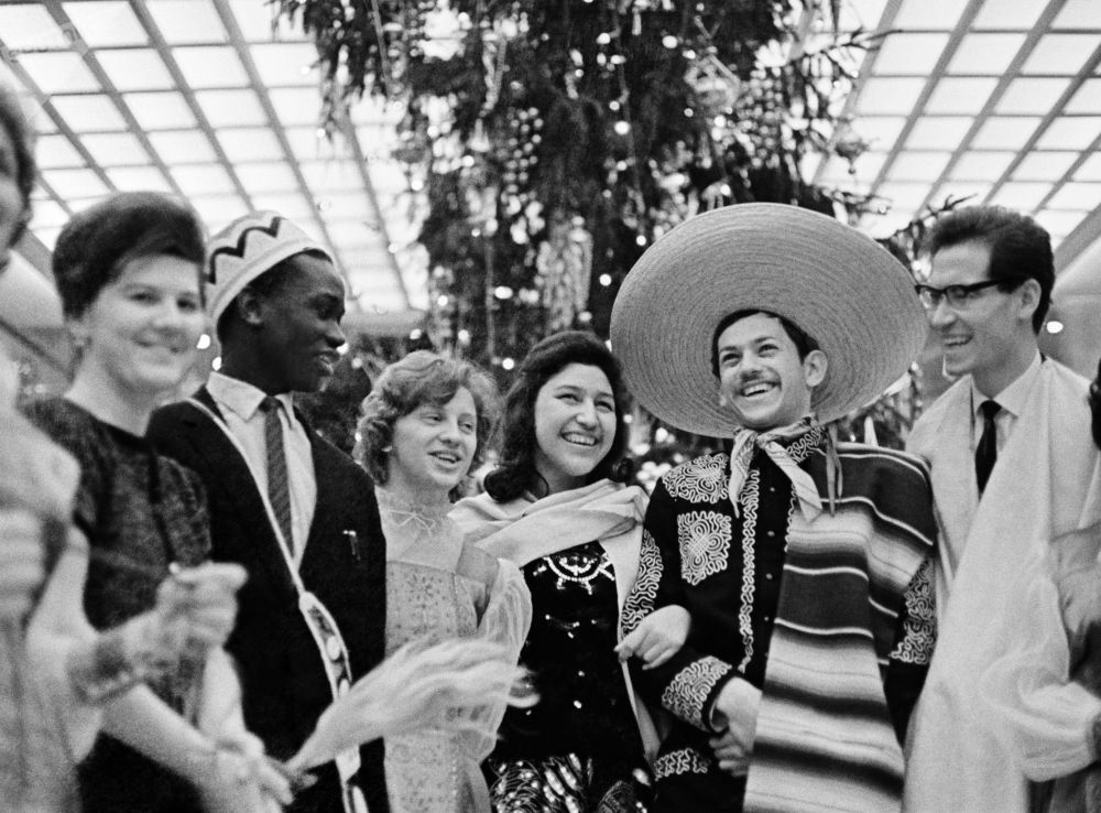 Back in the USSR: How People Used to Ring in the New Year