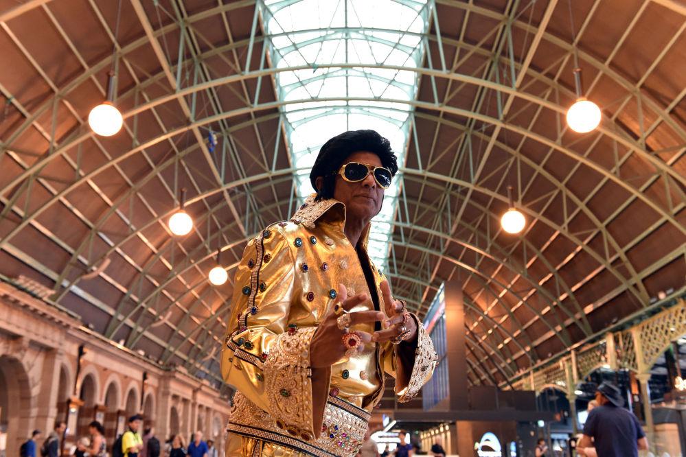Elvis Impersonator Alfre Vaz Poses at Central Station in Sydney