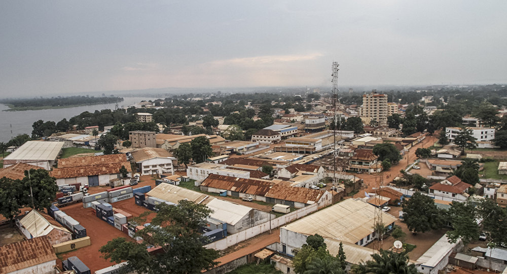 A view of the River Ubangi and the deserted streets of the capital Bangui, gripped by renewed violence are pictured on September 29, 2015