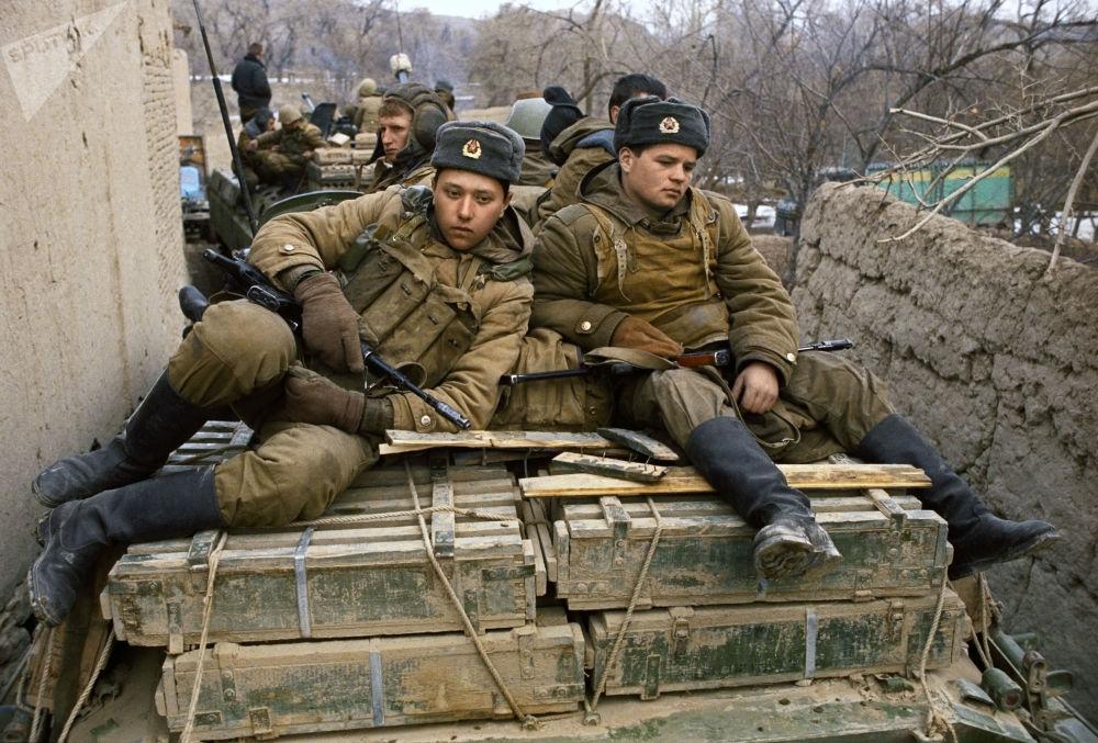 A Soviet light armoured unit near Bala Hisar Fort in Kabul. 1st of February 1989