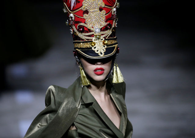 Military is New Sexy: Hu Sheguang Haute Couture Collection in Beijing