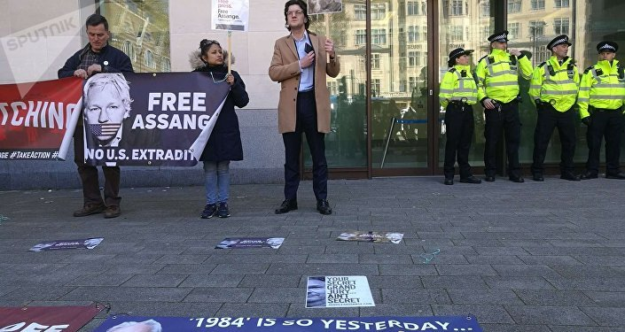 Labour Party chief says UK should oppose Assange extradition