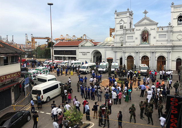 Sri Lankan military officials stand guard in front of the St. Anthony's Shrine, Kochchikade church after an explosion in Colombo, Sri Lanka April 21, 2019