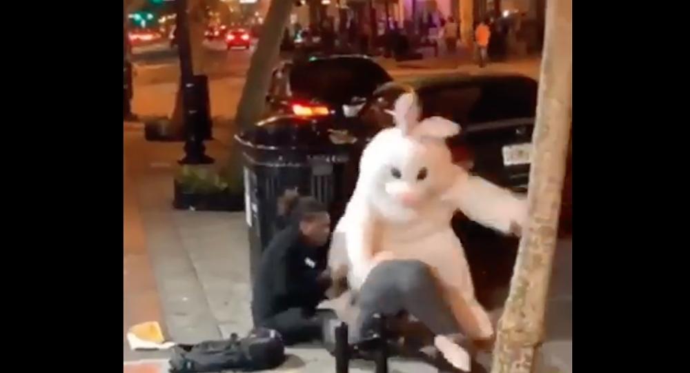 Easter Bunny breaks up Easter night brawl in Orlando