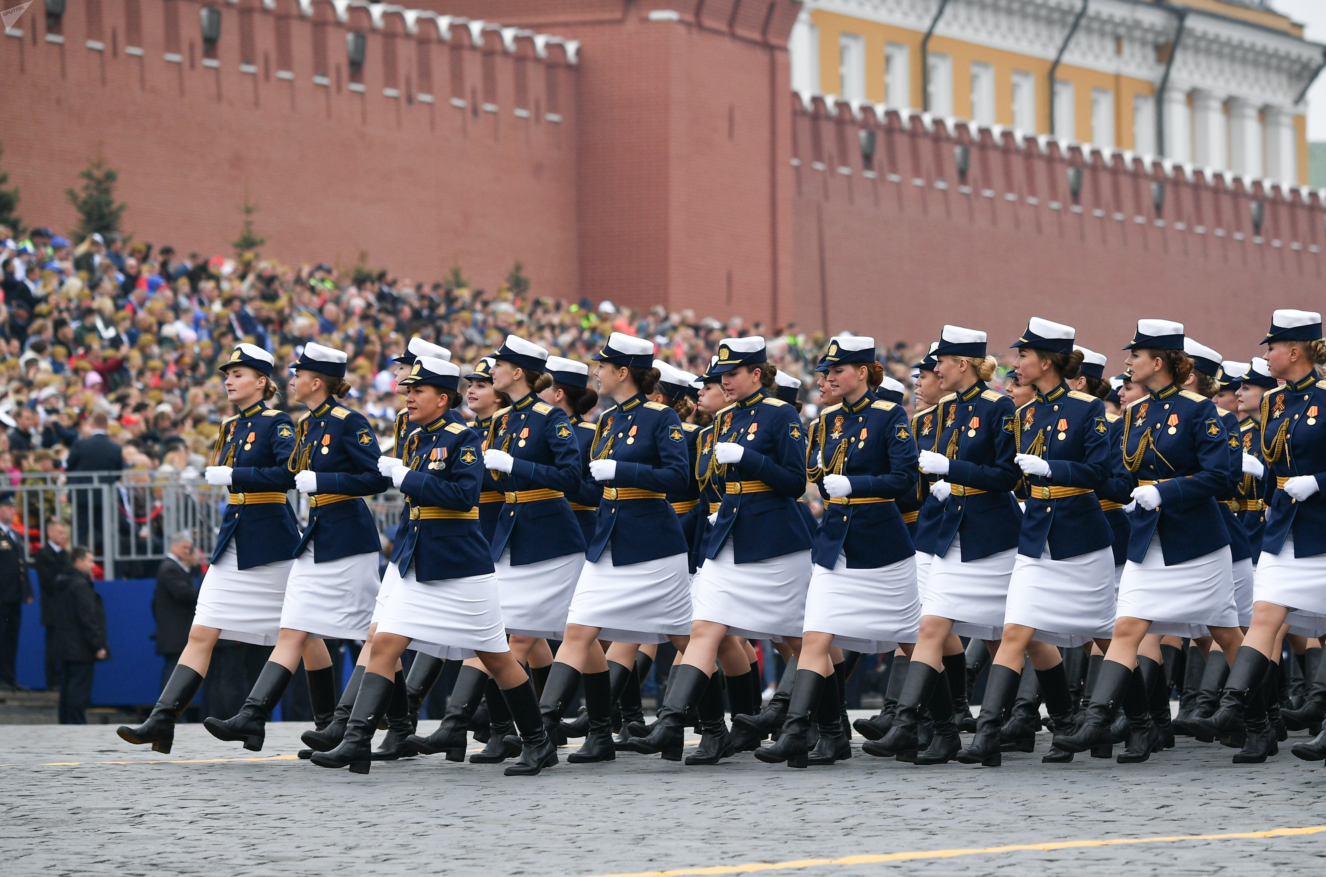 Female service members of the Zhukov Air and Space Defence Academy during the Victory Day Parade in Moscow on 9 May, 2019
