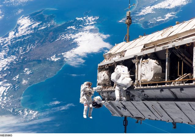 ISS astronauts adjust truss above New Zealand