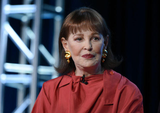 Gloria Vanderbilt participates in the panel for Nothing Left Unsaid: Gloria Vanderbilt and Anderson Cooper at the HBO 2016 Winter TCA on Thursday, Jan. 7, 2016, in Pasadena, Calif