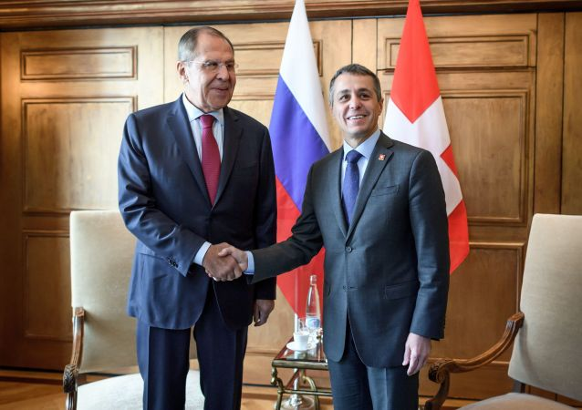Russian Foreign Minister Sergei Lavrov (L) shakes hands with Swiss Foreign Minister Ignazio Cassis  (File)