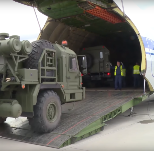 S-400 on route to Turkey being loaded up at a Russian airbase.