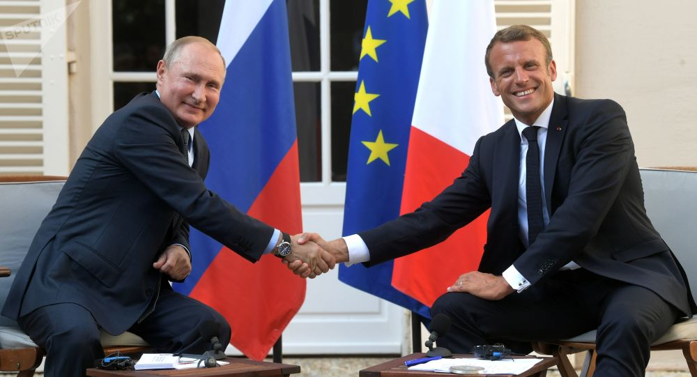 President of Russia Vladimir Putin and French President Emmanuel Macron during a meeting at the Fort de Brégançon residence on 19 August 2019.