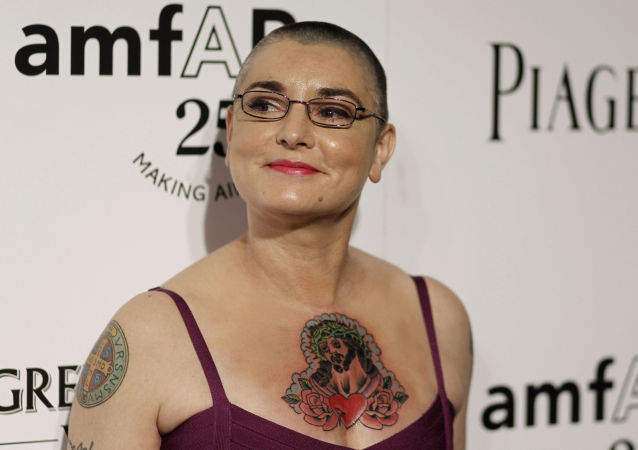 Musician Sinead O'Connor arrives at amfAR's Inspiration Gala in Los Angeles, Thursday, Oct. 27, 2011