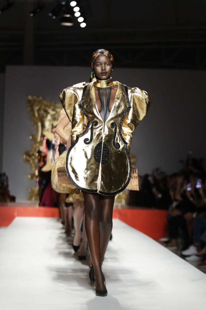 Picasso Painting Made a Reality: Extravagant Models Rock Milan Fashion Week