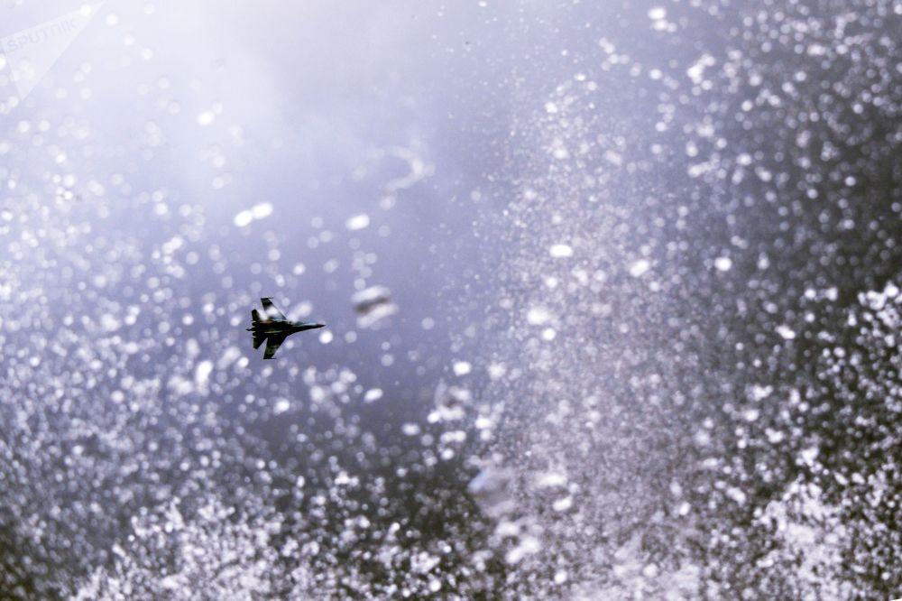 Su-35 jet during Gunsmith's Day celebrations in Izhevsk.