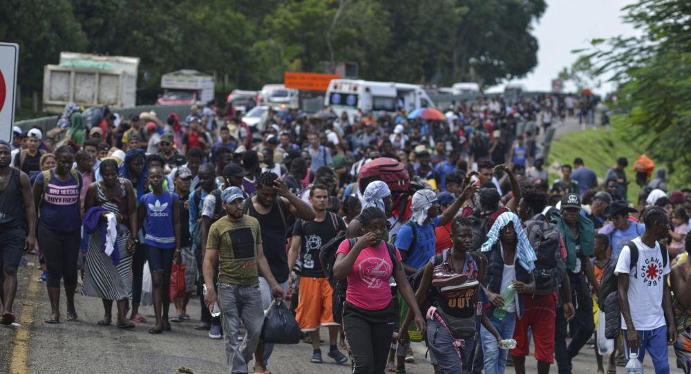 Migrants near the US-Mexican border