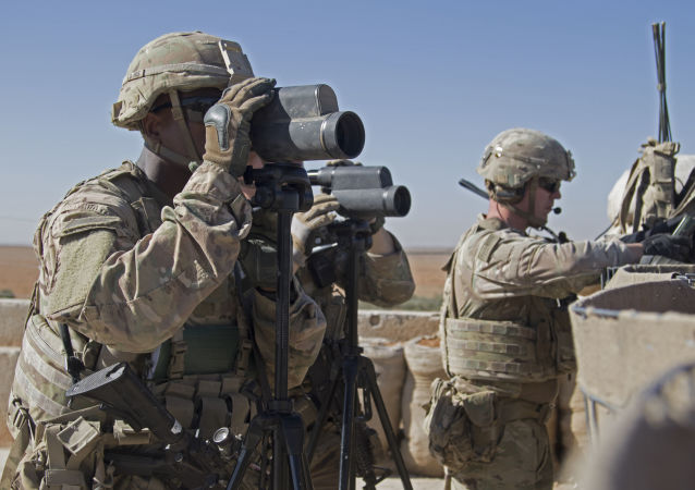 U.S. Army, soldiers surveil the area during a combined joint patrol in Manbij, Syria (File)