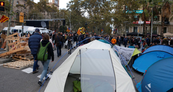 Catalan protesters gather on the eve of the general elections, at University square in Barcelona, Spain, November 9, 2019