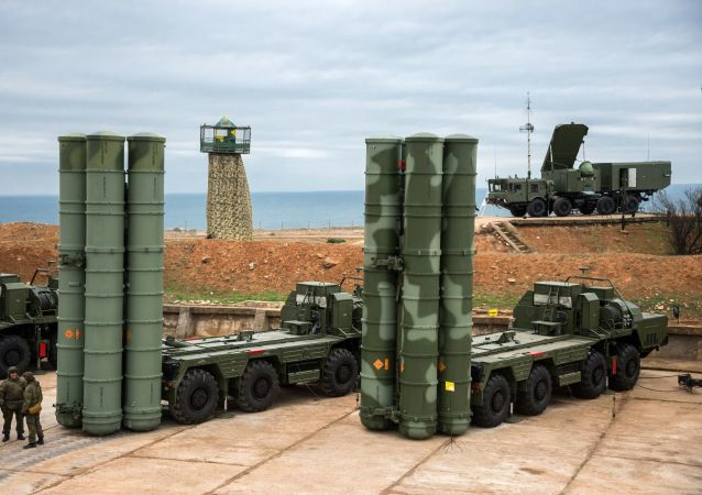 S-400 Triumf anti-air missile system