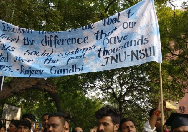 Indian Students' Protest; Allege Cuts in Education Budget, Fee Hike in Universities