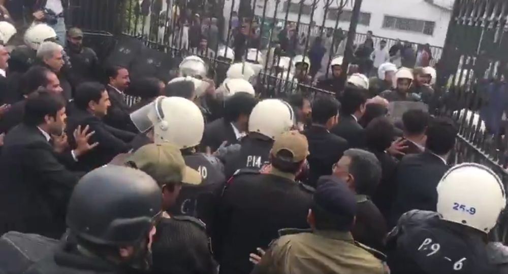 Lawyers vandalise the Punjab Institute of Cardiology (PIC) in Lahore, destroy the property and attack reporters and patients