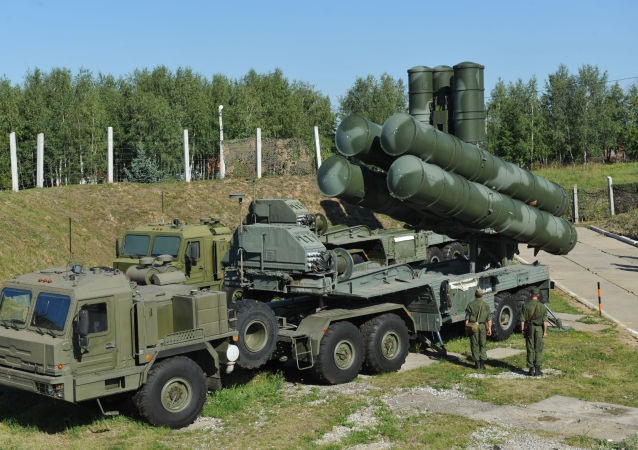 Russia S-400 air defence system near Moscow