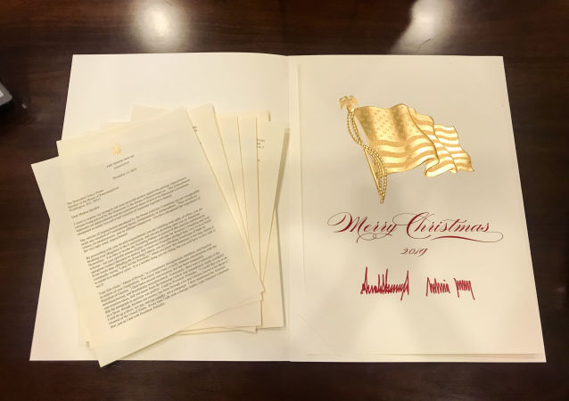 White House Sends Senators Christmas Card With Trump Letter to Pelosi Ahead of Impeachment Vote 18.12.2019