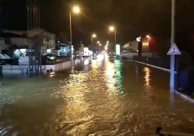 A flooded street is pictured as Storm Elsa sweeps through Trofa, in Porto, Portugal, December 20, 2019, in this still image taken from a social media video./via REUTERS THIS IMAGE HAS BEEN SUPPLIED BY A THIRD PARTY. MANDATORY CREDIT. NO RESALES. NO ARCHIVES.