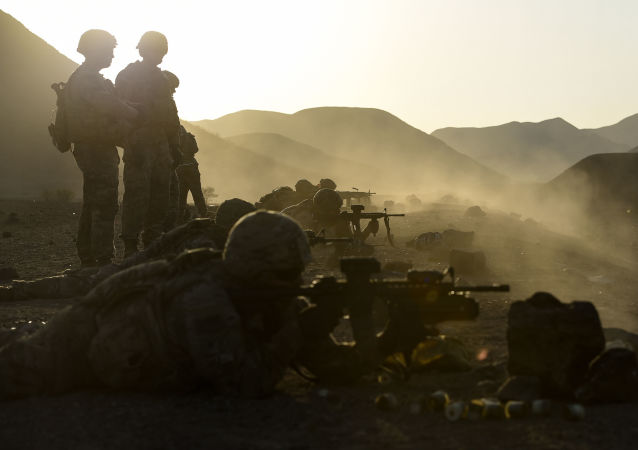 U.S. Army Soldiers with 3rd Platoon, Battle Company, 1-32 Infantry, 1st Brigade Combat Team, 10th Mountain Division, assigned to Combined Joint Task Force Horn of Africa's East African Response Force, conduct a series of team stress shoots and support by fire exercises in Djibouti, Nov. 22, 2017