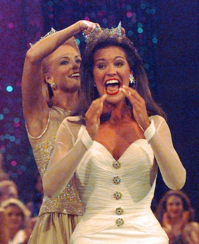 Мисс Америка 1997  Тара Даун Холланд