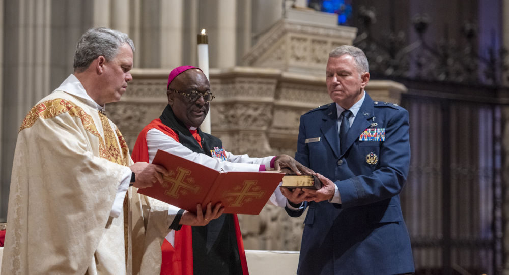 Today  WN Cathedral  blessed the official Bible for the new  Space Force DoD , which will be used to swear in all commanders of America's newest military branch