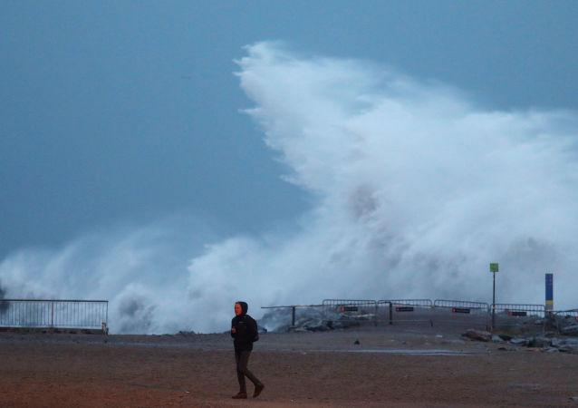 Storm Gloria on Barceloneta beach