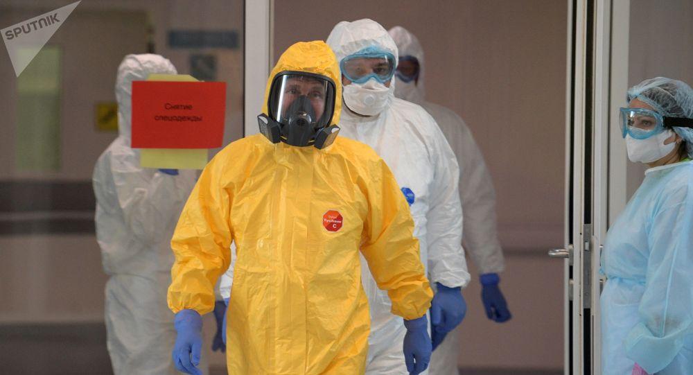 'Just His Style': Putin's Spokesman Explains Why President Risked Visiting Coronavirus Patients