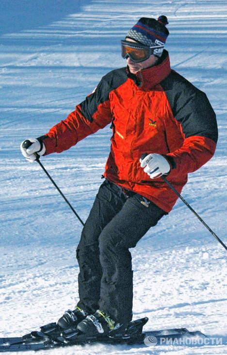 В.Путин на лыжах