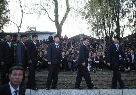Салют в честь столетия со дня рождения Ким Ир Сена