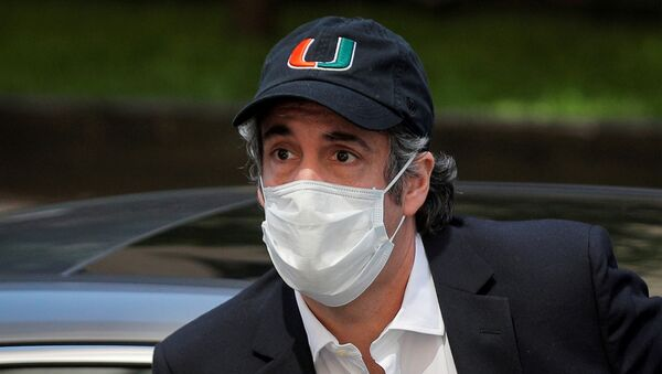 Michael Cohen, the former lawyer for U.S. President Donald Trump, arrives back at home after being released from prison during the outbreak of the coronavirus disease (COVID-19) in New York City, New York, U.S., May 21, 2020 - Sputnik International
