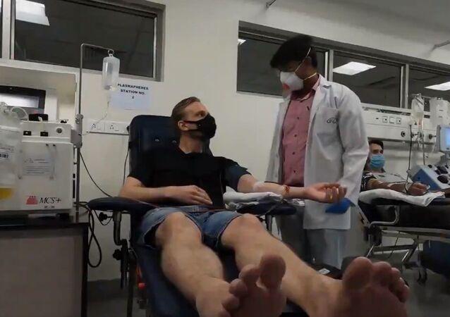 Karl Rock, a New Zealand origin Delhiite donated plasma at Delhi govt's plasma bank